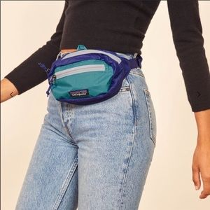 NWT  Patagonia Mini Fanny  Hip Pack - Price firm